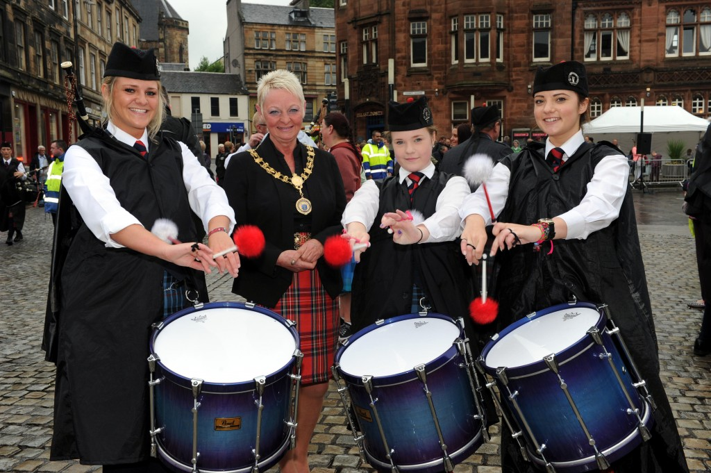 Paisley Pipe Band competition 2014 pipers with Provost Anne Hall