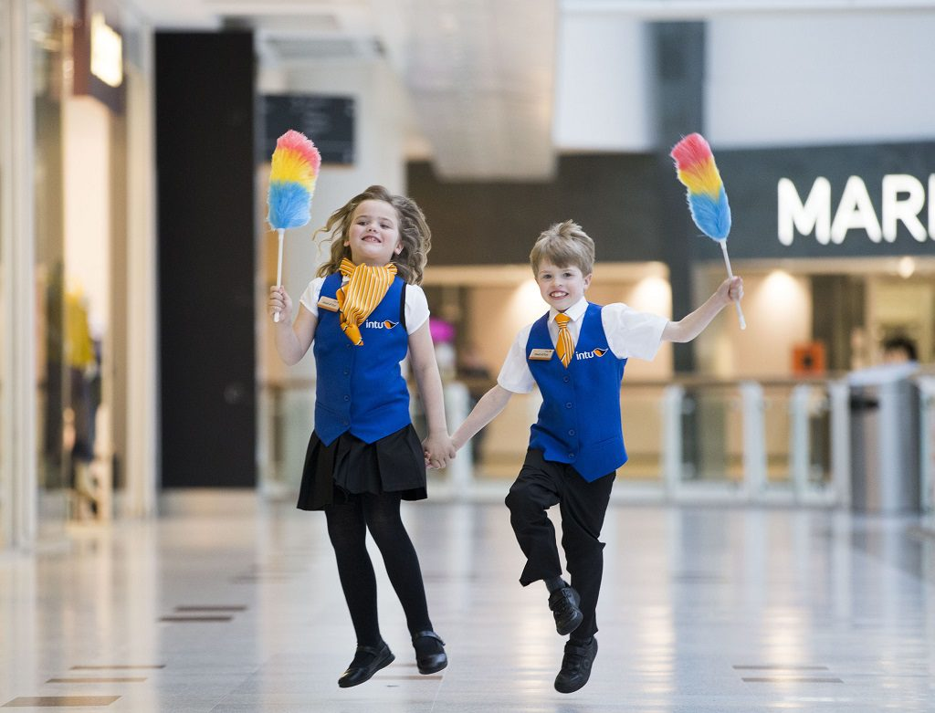 he new Heads of Fun at intu Braehead, Lucie Roy and Aidan Smith skip along to their new jobs in the mall.