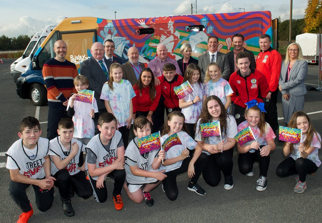 Street Stuff staff, councillors plus repreentatibes of St Mirren with some of the boys and girls taking part in the camp