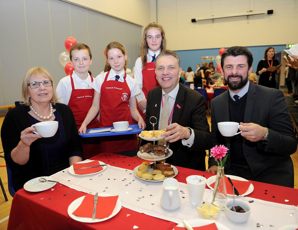 Todholm Cafe Todholm Primary School Paisley Cllr Jacqueline Henry, Peter MacLeod (Dir Childrens Services) and Raymond Kane ( Development Officer) served by Joshua Perry, Erin McLaren and Kayla Whire all aged 11