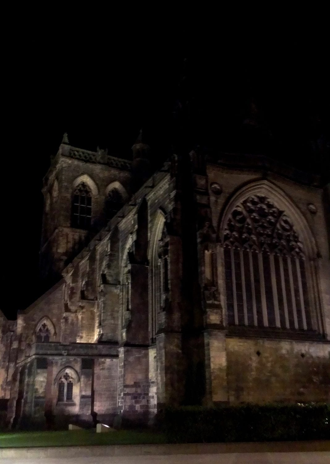 Paisley Abbey night by Lorna Armstrong