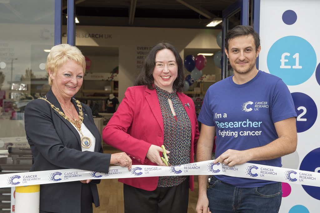 20160914- CRUK Paisley Linwood Superstore Renfrewshire Provost Anne Hall, Laura Barr and Dr.  Emmanuel Dornier cut the ribbon officially opening the shop.  Andy Thompson Photography for Cancer Research UK.