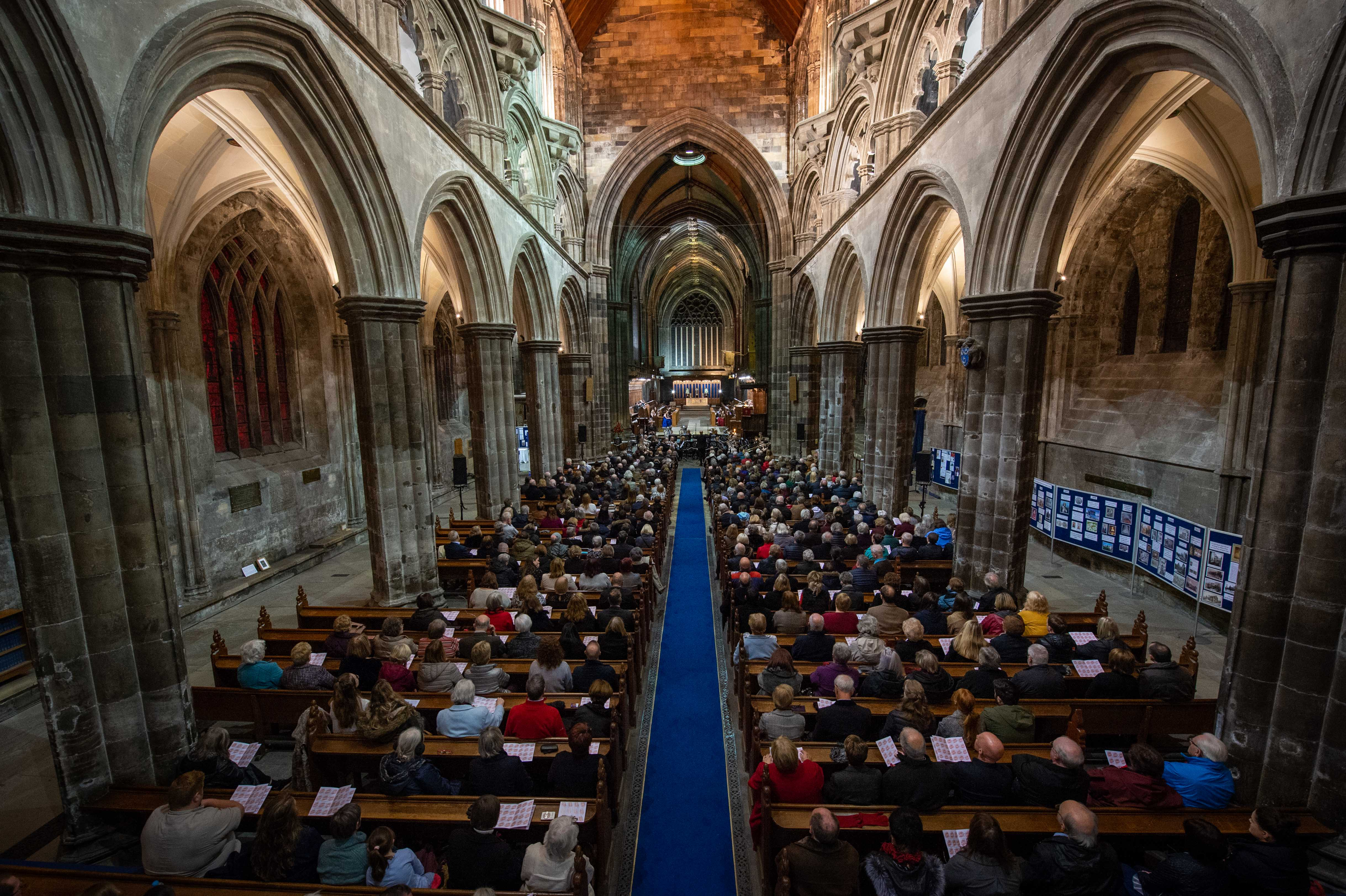 Hundreds attended the special service to commemortate 100 years since the end of the First World War