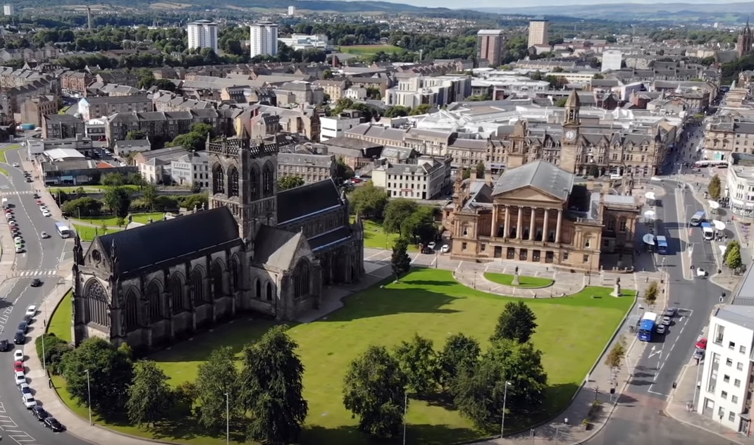 paisley-abbey-town-hall