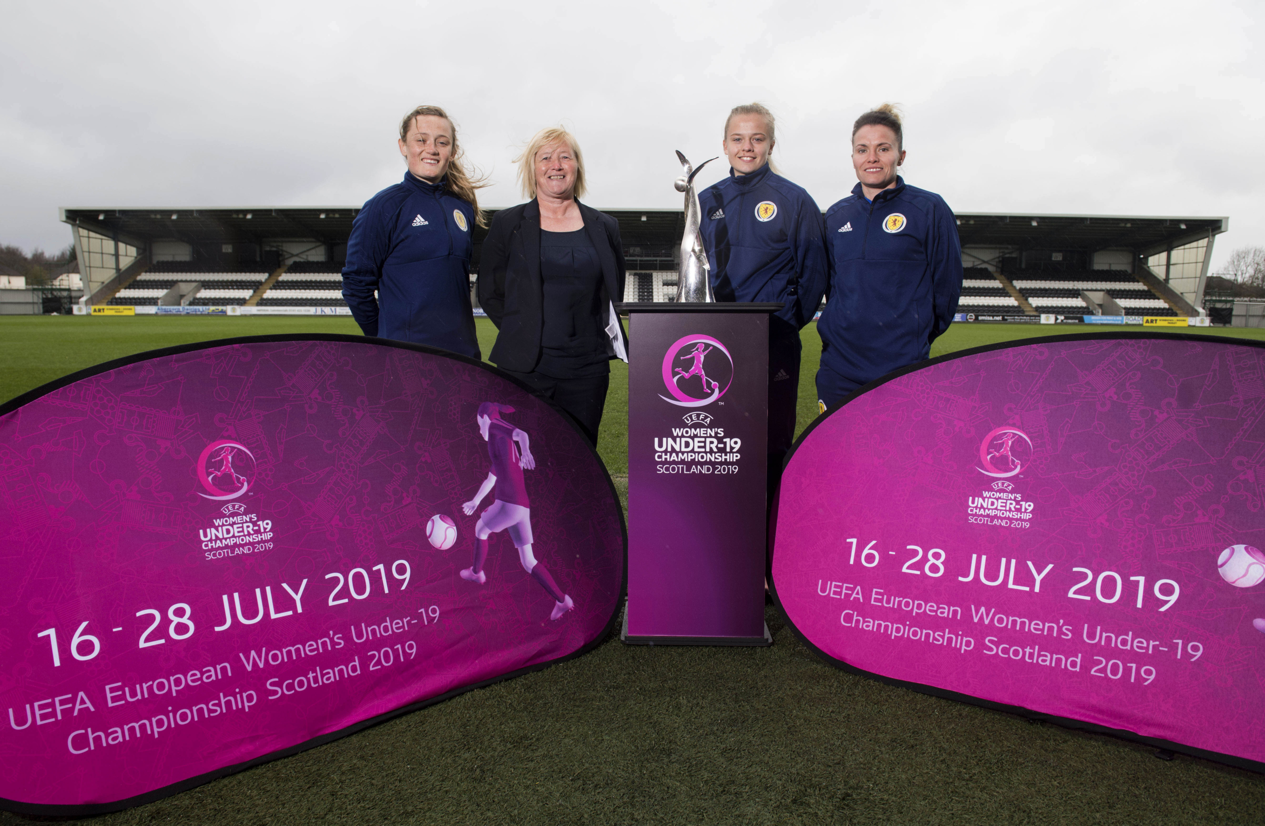 Scotland stars Erin Cuthbert (l) and Jo Love (r) join U19s Coach Pauline Hamill and Captain Amy Muir to promote the tournament