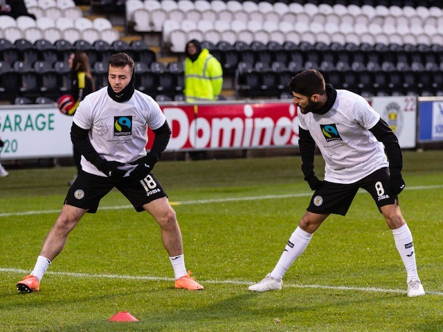 St Mirren players (2)
