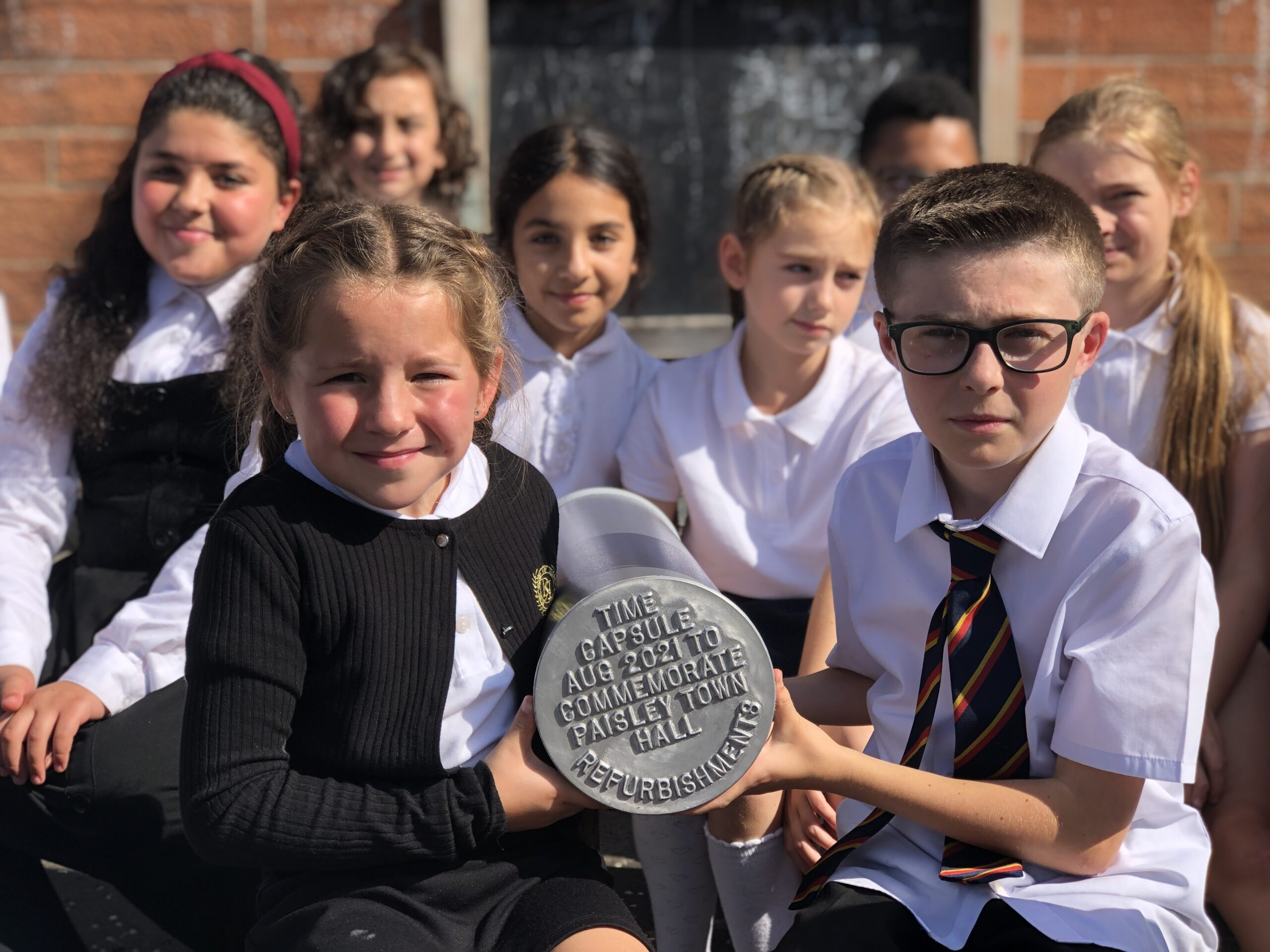 Primary 6 pupils from Williamsburgh Primary with the time capsule